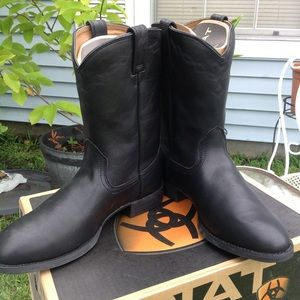 Ariat Shoes - Black Leather Boots-women's size 11
